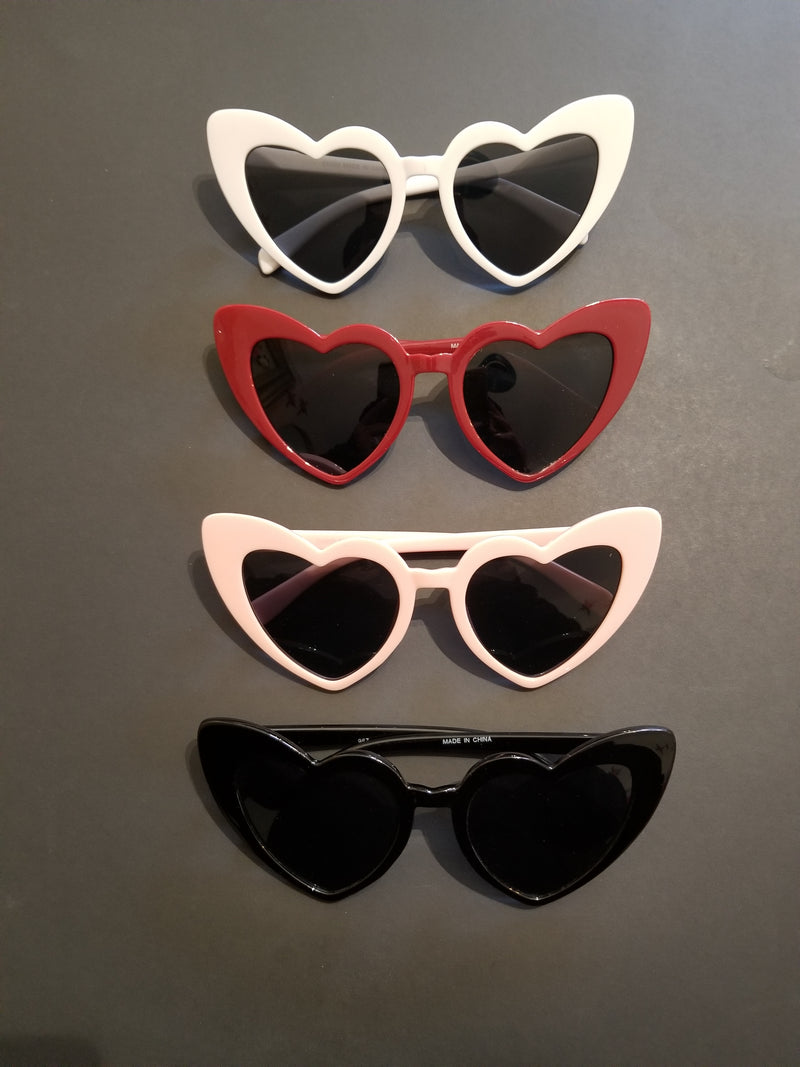 Heart cateye sunnies red - Rockin Bettie