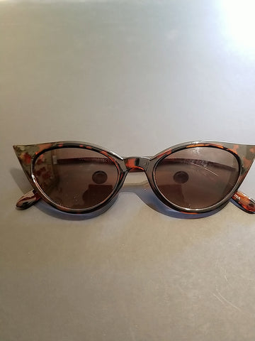 Small Cateye Sunnies - Rockin Bettie