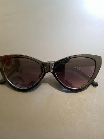 Large Cateye sunnies - Rockin Bettie