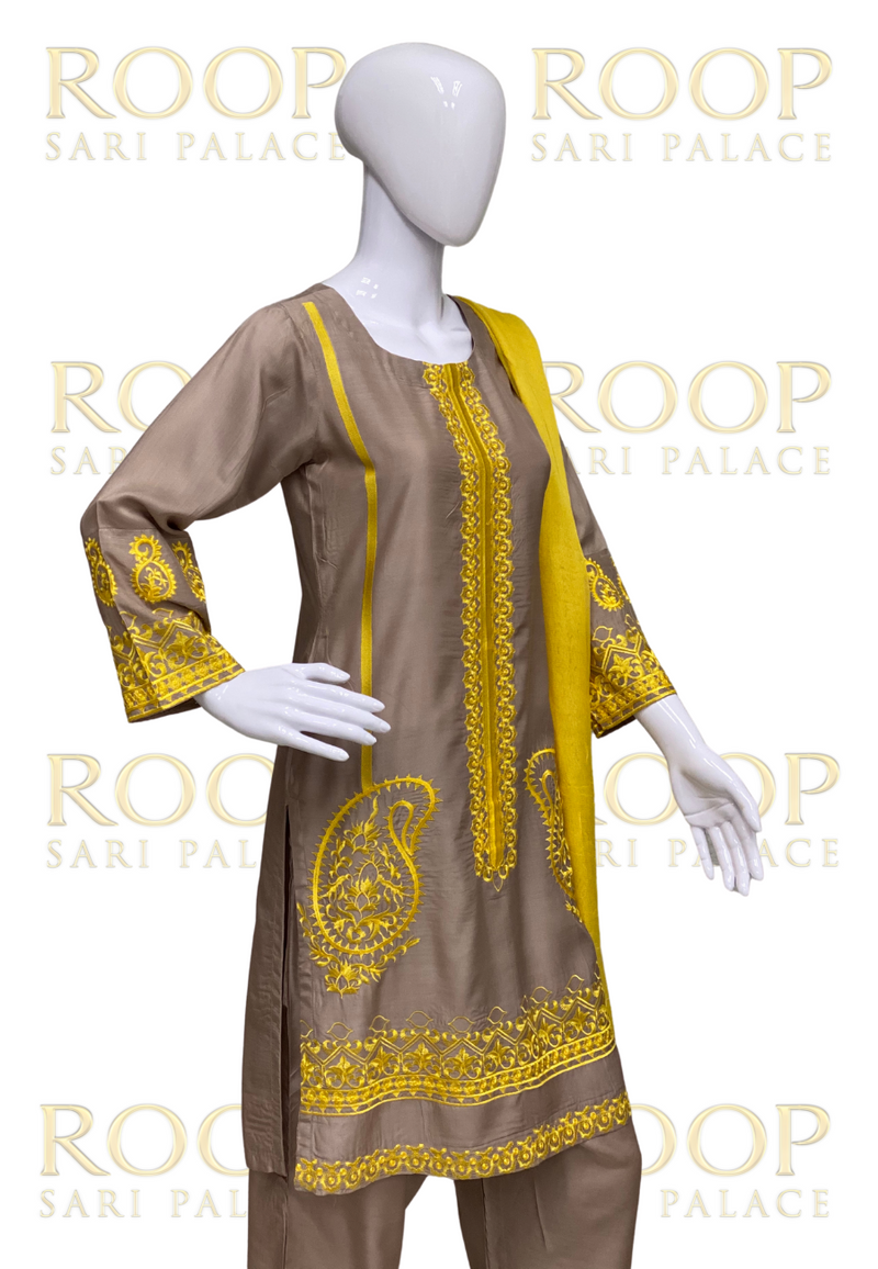 Straight Suit with Yellow Embroidery