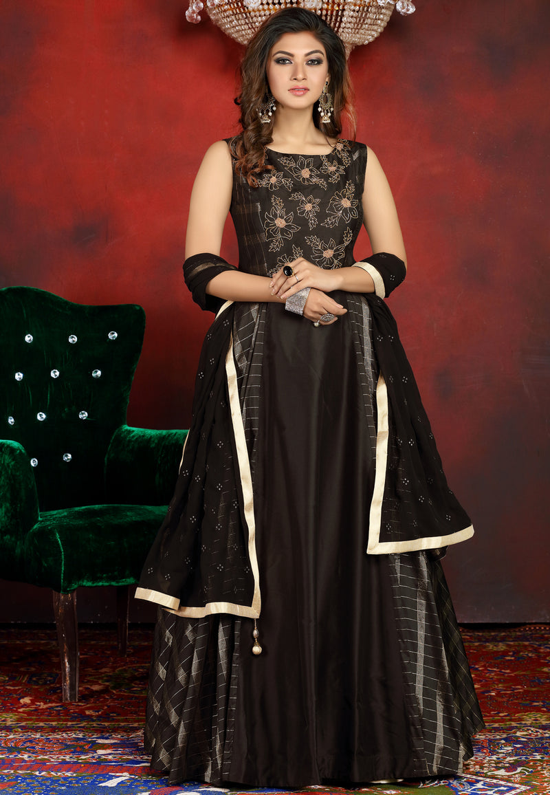 Black Gown with Chiffon Dupatta