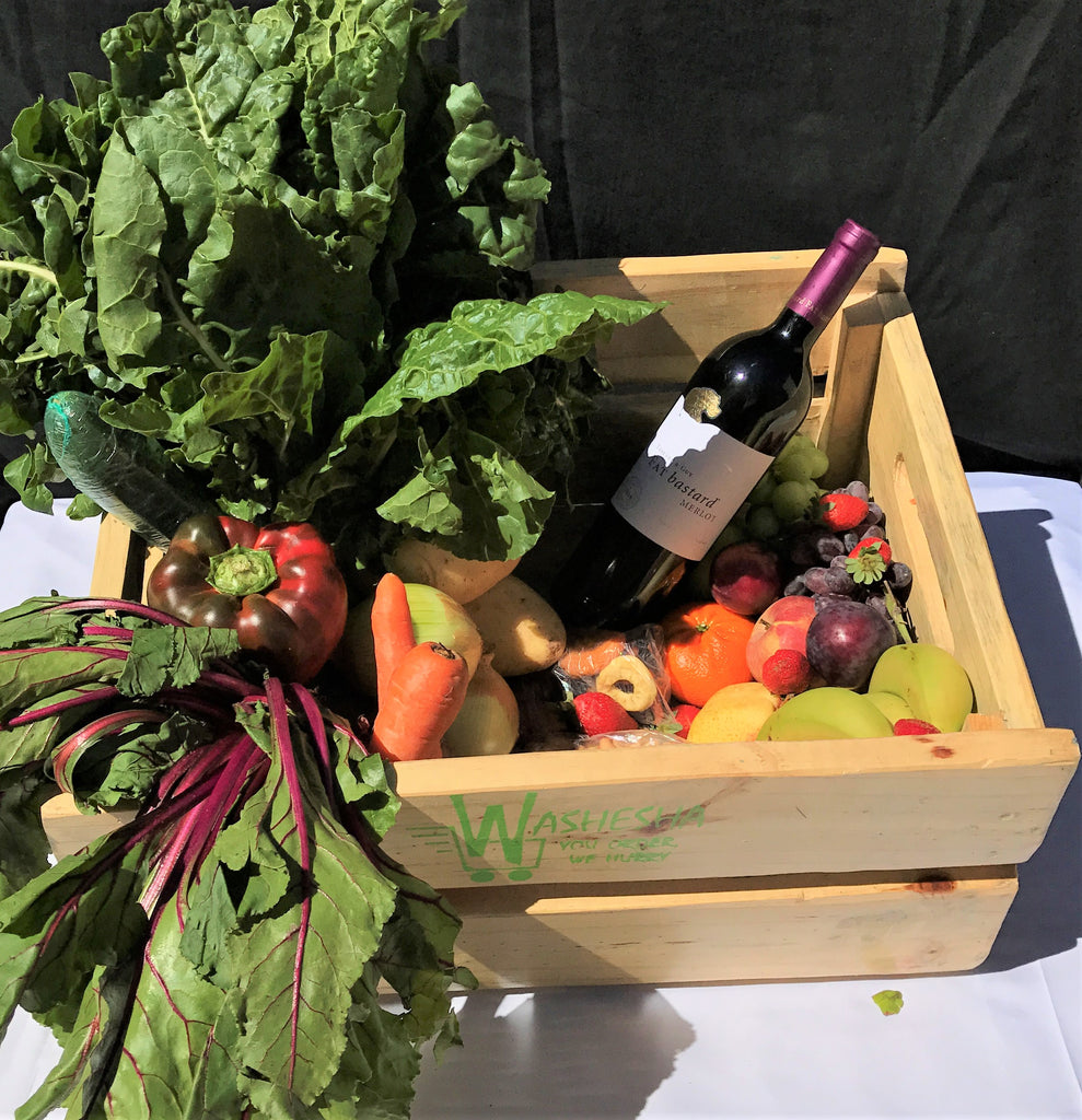 Subscription: 4x Weekly Supplies Couple's Fruit and Vegetable Combo Crate/Box with Red Wine