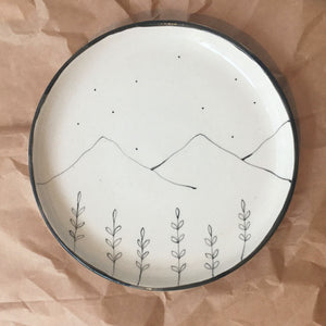 Hills and Wildflower Plates (Set of 2 )
