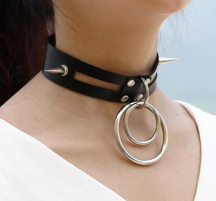 'Heist' Black spike 'O' ring choker 11 colours