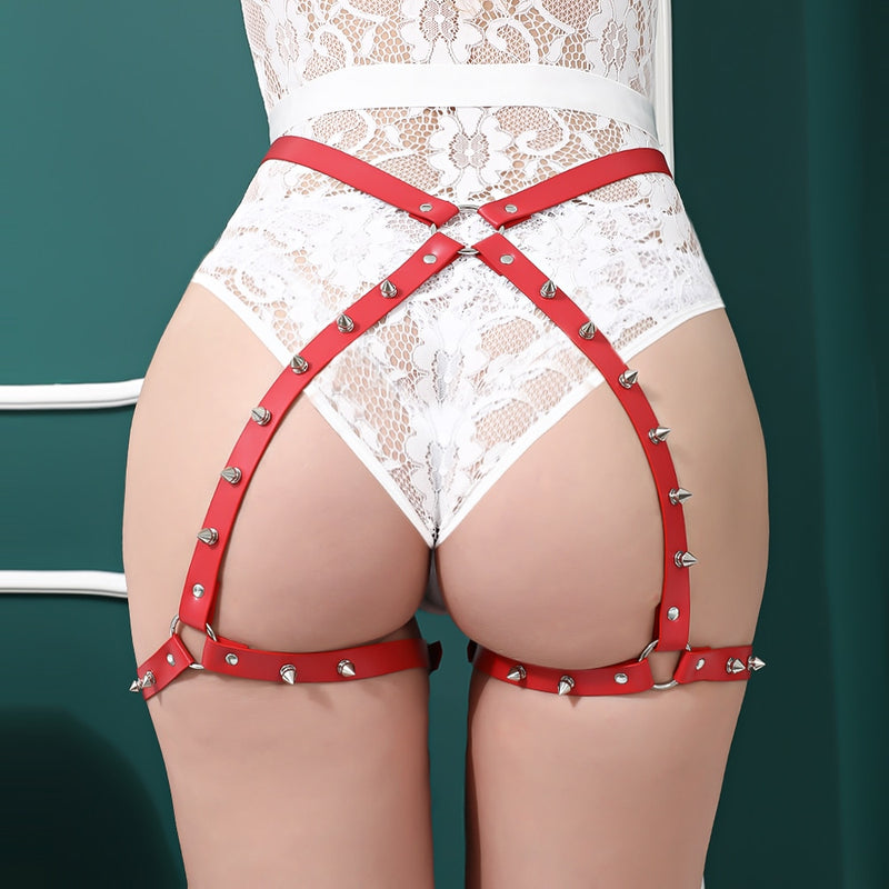 Spike harness garter (Black or Red)