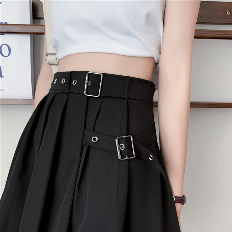'The Haunt' Black Pleated Skirt
