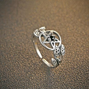 'Sweet Nothing'  silver adjustable pentagram stone ring. Black or Clear