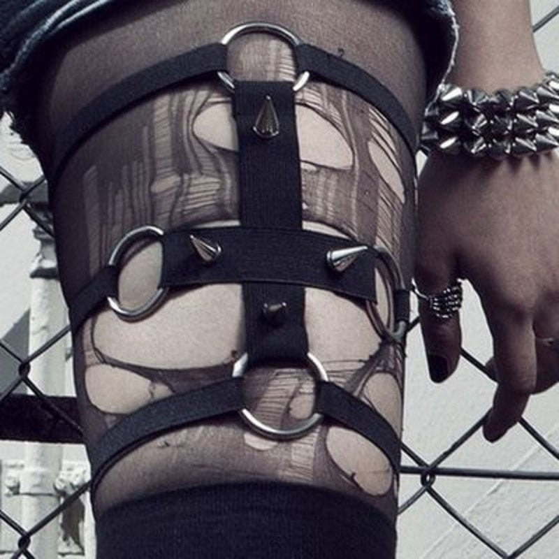 'Hex' Cross Garter with Spikes