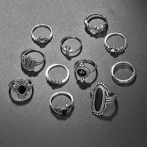 'Draculina' Black and silver 11pcs ring set