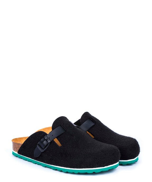 SLIPPERS BLACK