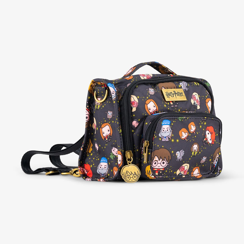 Cheering Charms/™ JuJuBe x Harry Potter Be Sporty Backpack Lightweight Durable Travel-Friendly Multi-Functional Diaper Messenger Bag