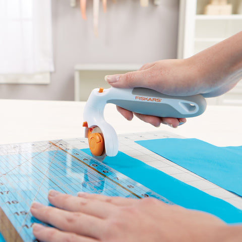 Fiskars Adjustable Handle Rotary Cutter 45mm