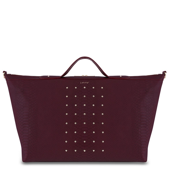 Front view of Latitu° Venezia weekender in burgundy, with sides expanded