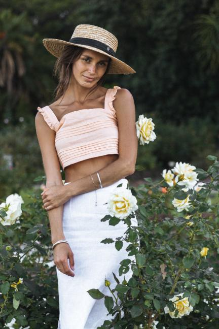peach linen crop - white linen skirt - straw hat