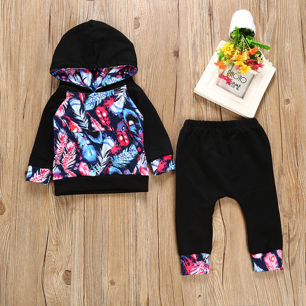 Colorful Feathers Hoodie Set