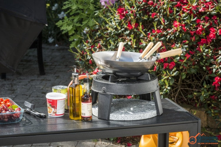 HOT WOK Hot Stone - Outdoor Cooking