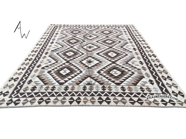 FIne Hand Knotted Moroccan Kilim  - AW111