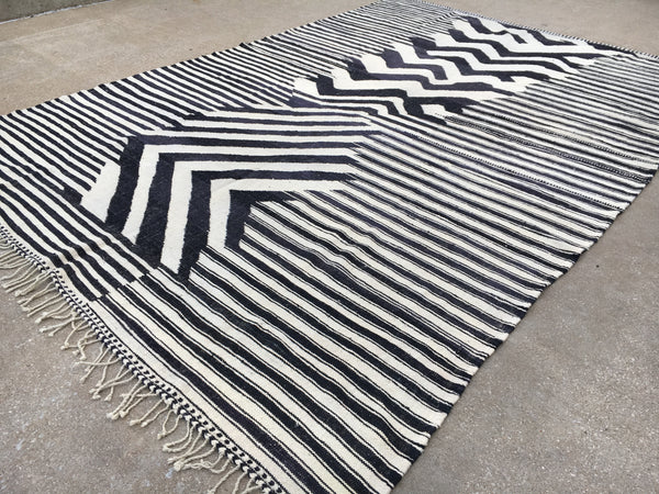 Genuine Moroccan Kilim - New design by Atlas Weavers - K93