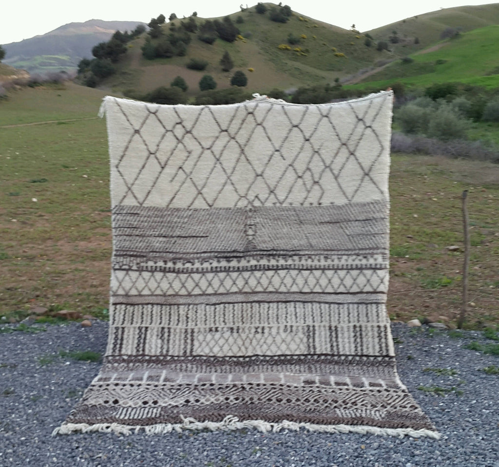 Genuine Moroccan Rug - Beni Ourian