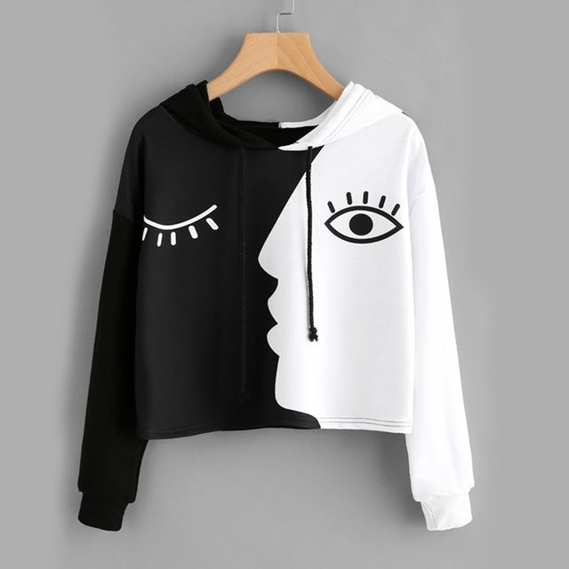 Contrast Black And White Casual Loose Women Sweatshirt - OyeHoe
