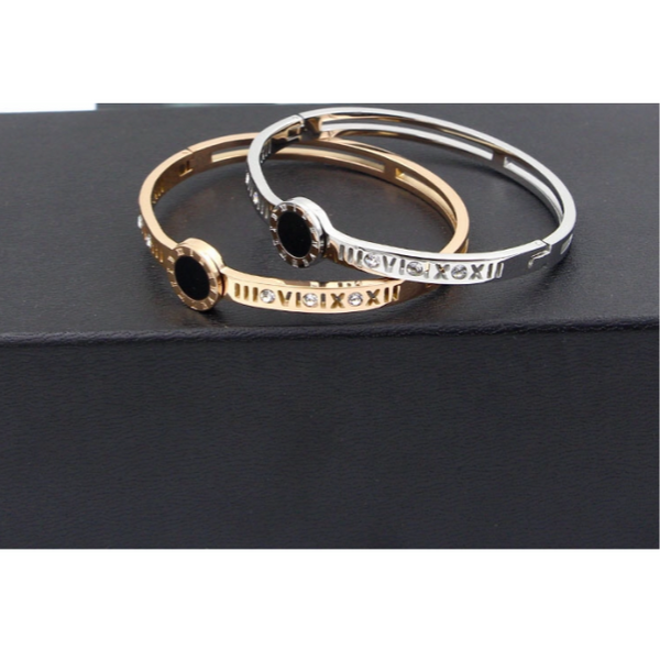Black Stone Roman Diamond Bracelet