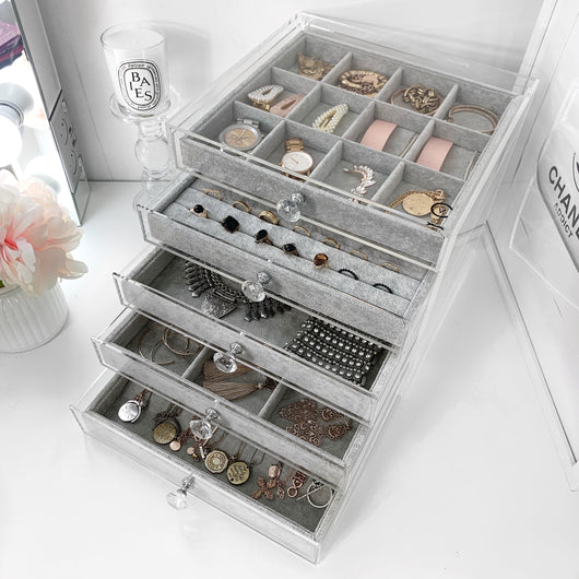 VC JEWELLERY CUBE - Due back in stock early June 2020