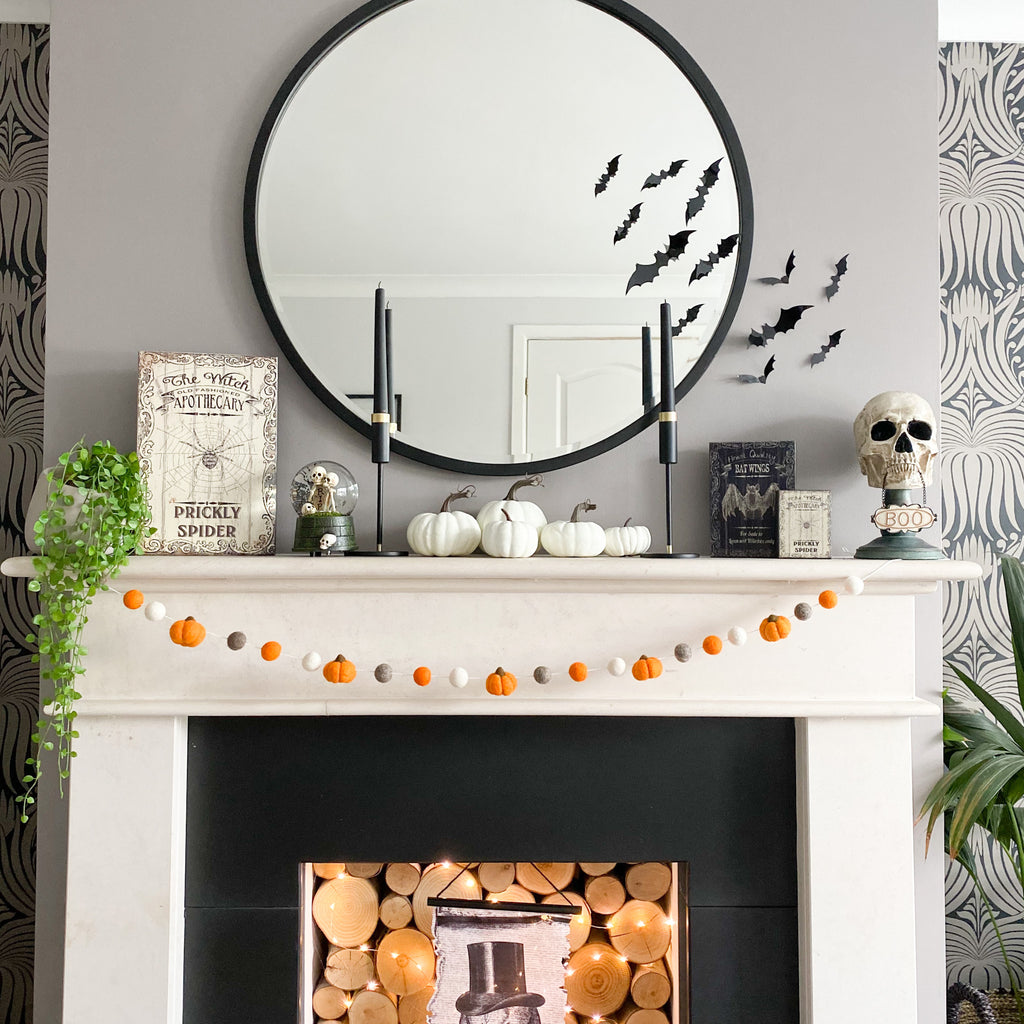 Felt Pumpkin Halloween Garland in Orange - Limited Edition