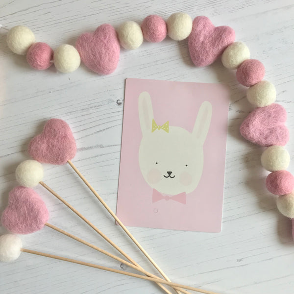 Stone and Co Felt Heart and Ball Pom Garland Dusty Pink and Natural White - stoneandco