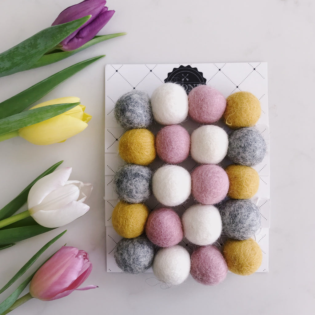 Stone and Co Felt Ball Pom Garland Dusty Pink, Natural Grey, Mustard and Natural White - stoneandcoshop