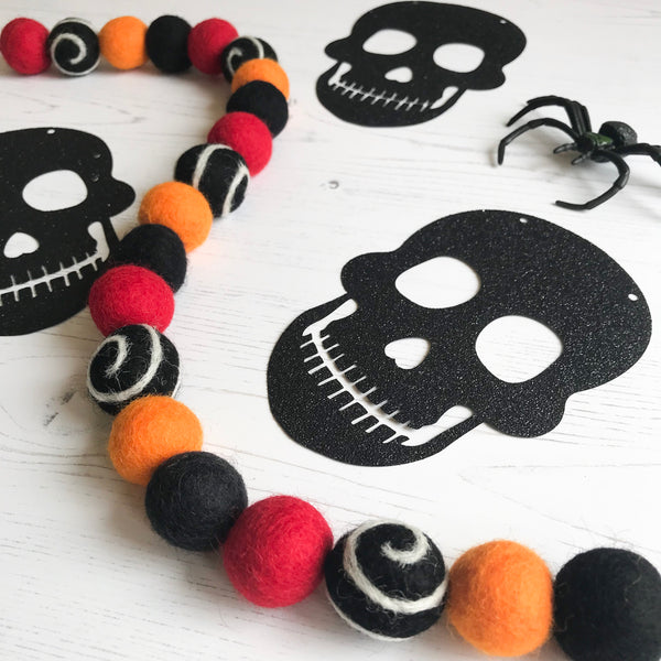 Stone and Co Felt Ball Halloween Pom Pom Garland - Limited Edition Trick or Treat - stoneandco