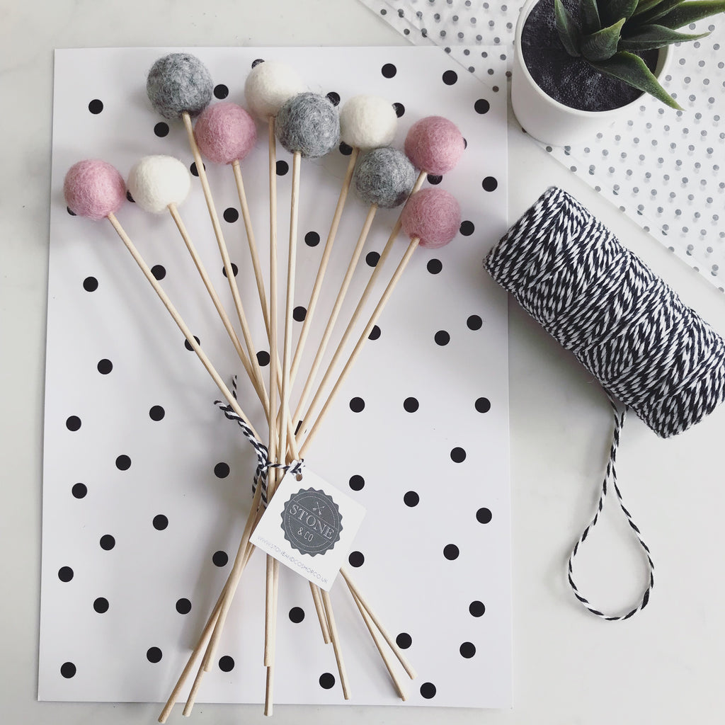 Felt Ball Flowers in Dusty Pink, Natural Grey and Natural White - stoneandcoshop
