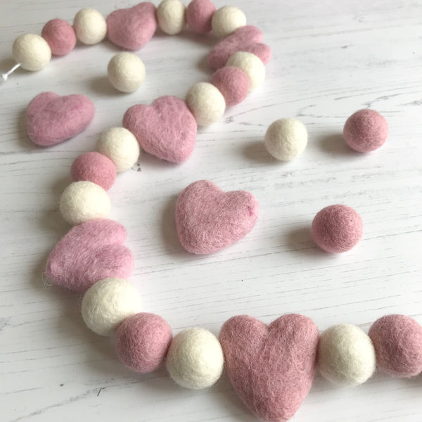 Stone and Co Felt Heart and Ball Pom Garland Dusty Pink and Natural White - stoneandcoshop