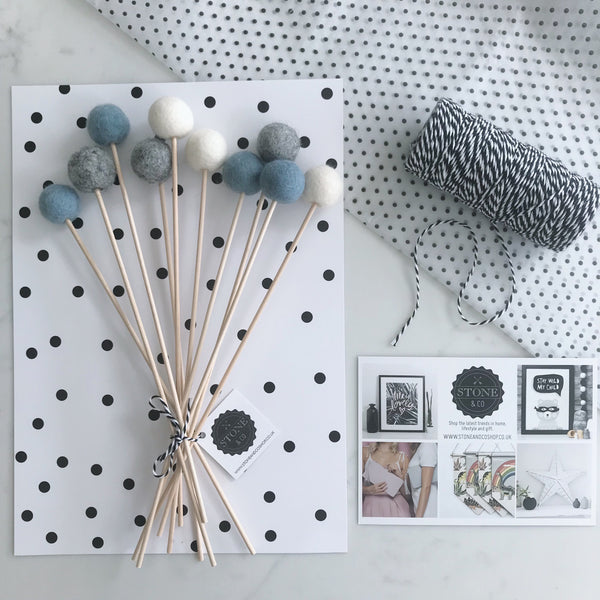 Felt Ball Flowers in Dusty Blue, Natural Grey and Natural White - stoneandco