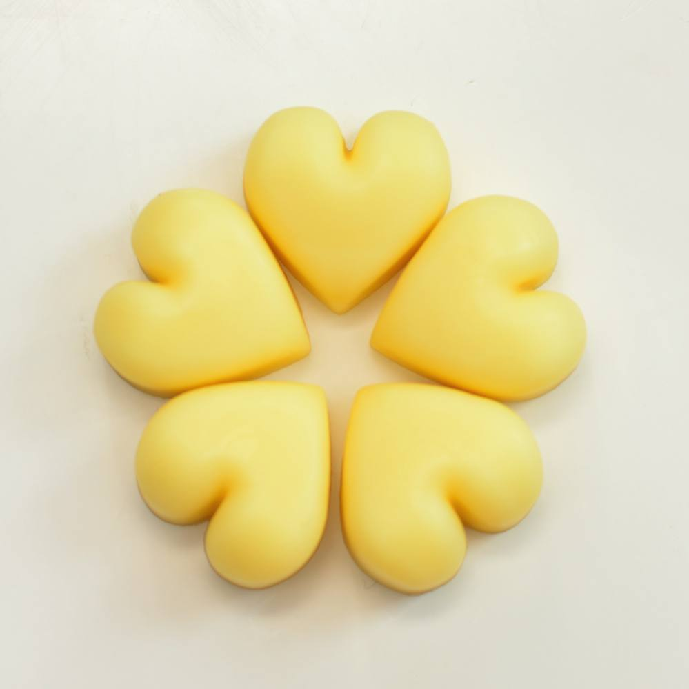 5 pcs Natural Solid Lotion Hearts with Geranium Bourbon Scent