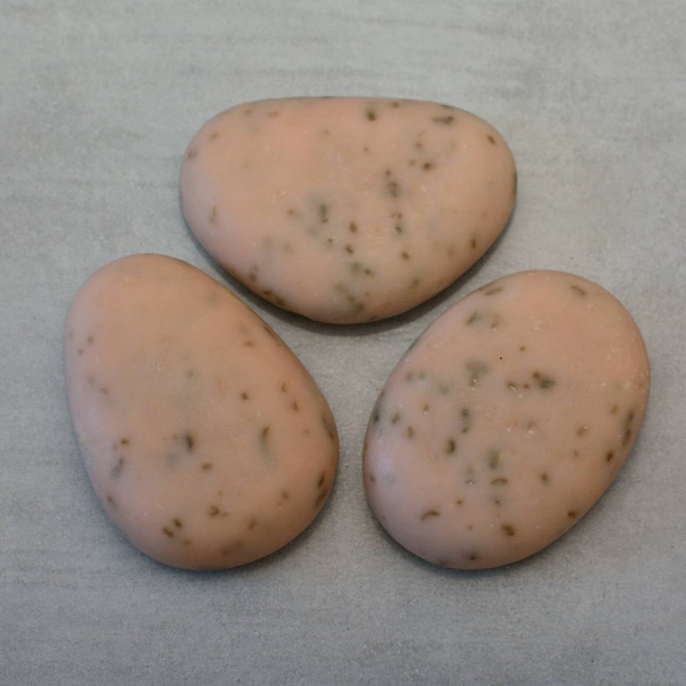 SHABBY FRENCH Riviera Pebble Soap Raspberry Graphene Set of 3