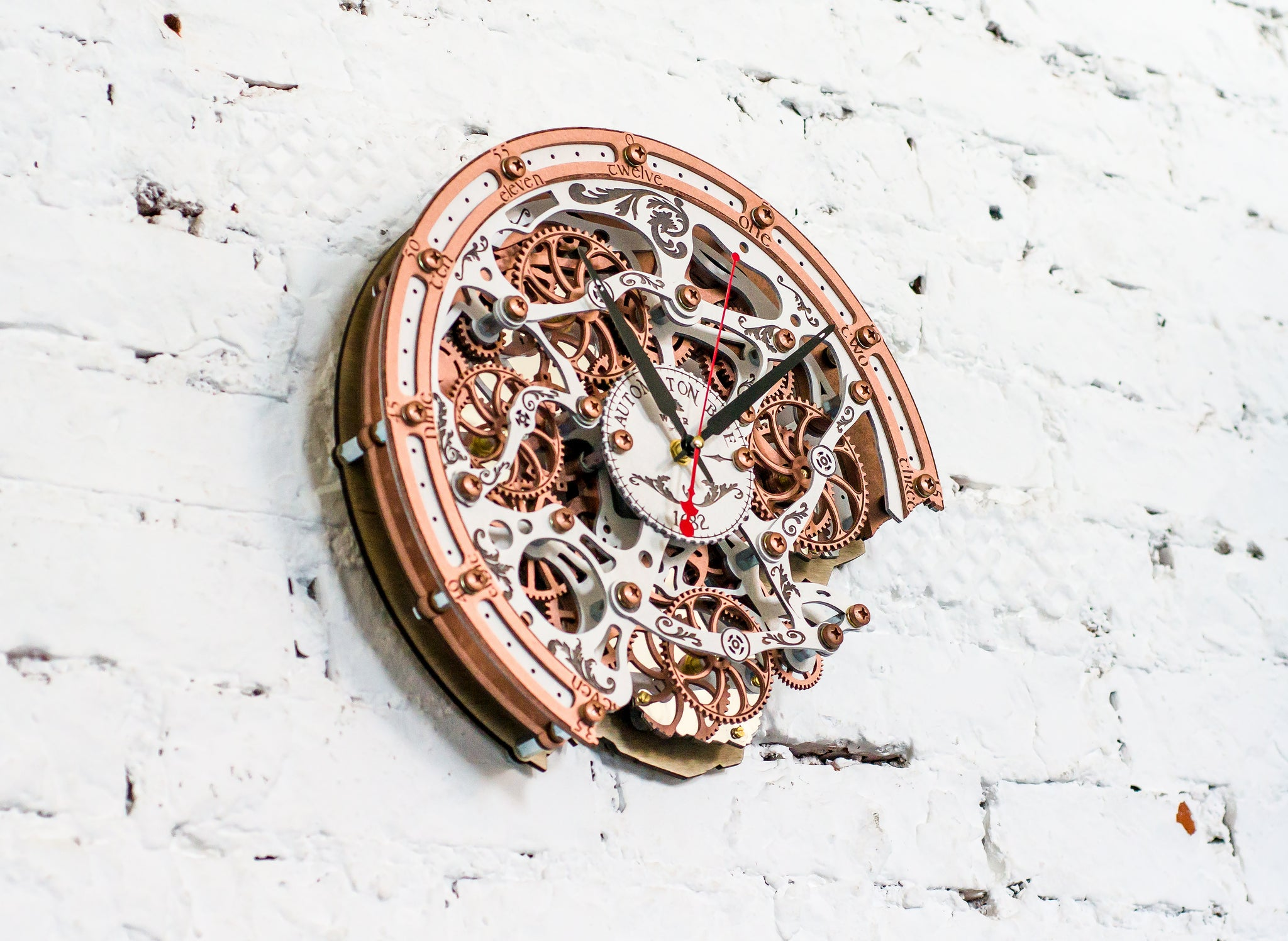 Automaton Bite 1682 White Copper Wall Clock - WOODANDROOT