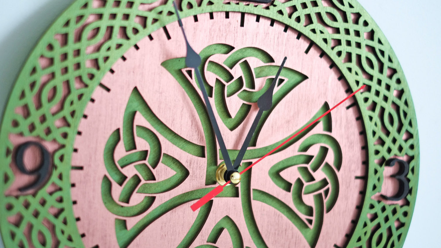 Celtic Knot Wall Clock - WOODANDROOT