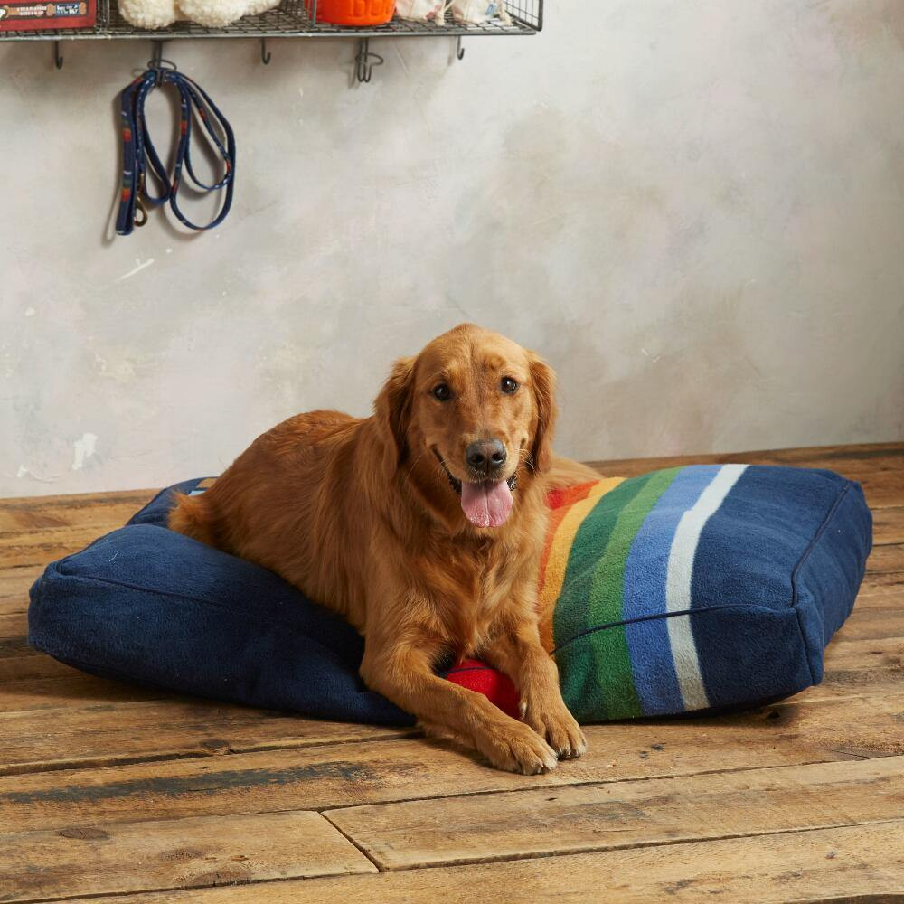 Crater Lake Pet Bed