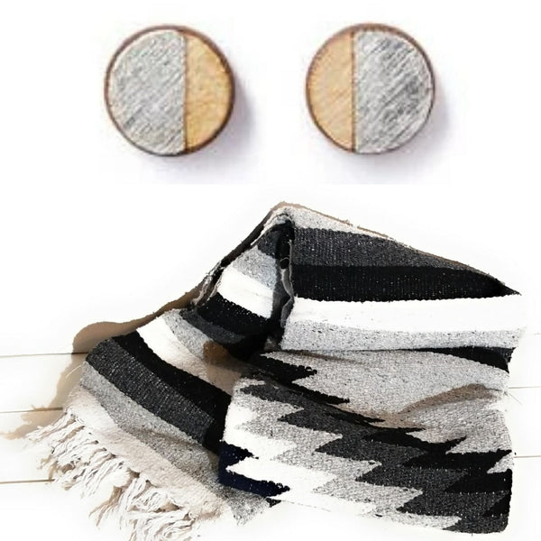 dough bowl blanket Whitecap Arizona Blanket + Maple Wood Silver Stud Earrings Bundle