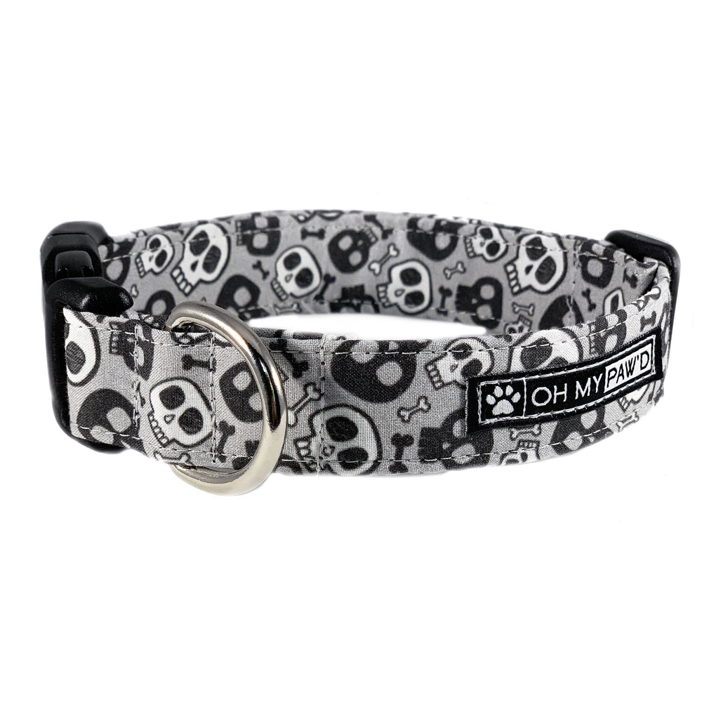 Skull and Bones Dog Collar