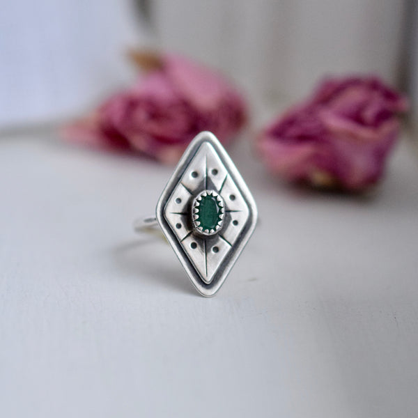 Treasure Ring with Emerald size 7
