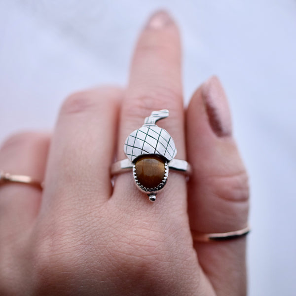 Acorn ring with Tigers Eye size 9