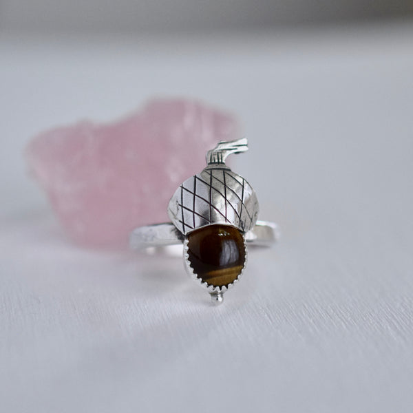 Acorn ring with Tigers Eye size 10
