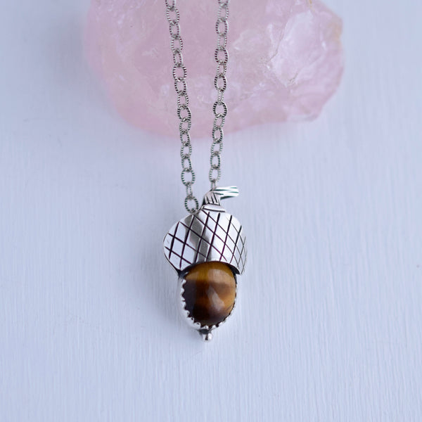 Acorn Pendant with Tigers Eye #001
