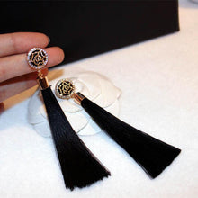 Sassy Tassel With Flower