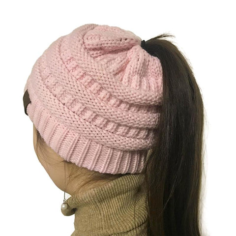 Woman's Trendy Knitted Slouchy Hat