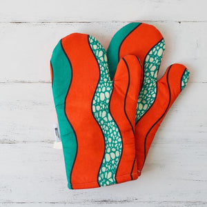 Oven gloves - Orange waves