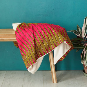 African print throw blanket - pink zig zag