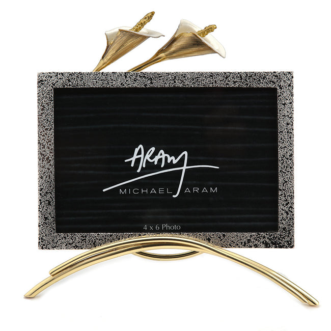 Product Photography Of Gift Item Picture Frame