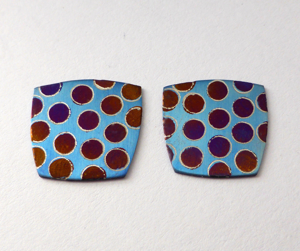 titanium 'bubble' studs - blue